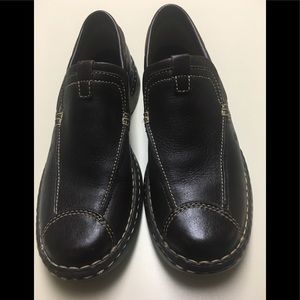 BORN BROWN CASUAL SHOES EXCELLENT CONDITION 7.5
